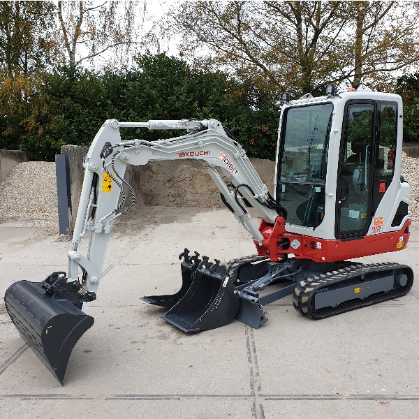 Takeuchi TB225 Huren Post Rental